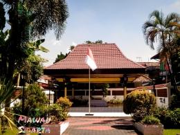 Makam Dr. Sutomo yang berada di kompleks Gedung Nasional Indonesia (GNI) Bubutan, Surabaya (Dokumentasi Mawan Sidarta)