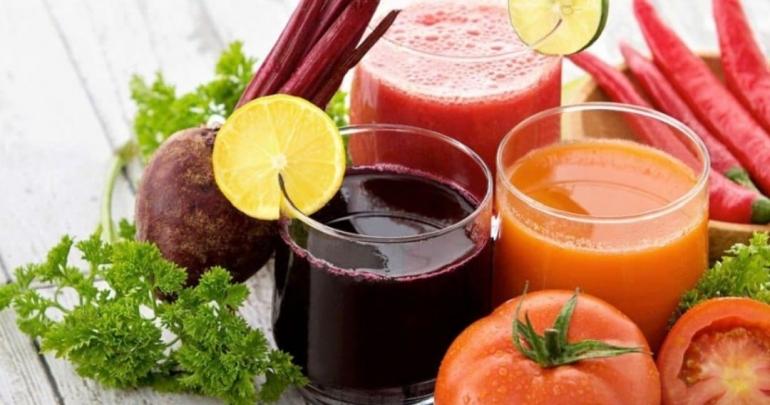 Ilustrasi jus buah dan sayur. (Sumber: Shutterstock via Limone.com)