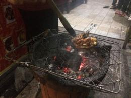 sumber : Dokpri ayam bakar yang saya pesan untuk dibawa pulang