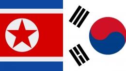 Bendera Korea Utara (Kiri) & Bendera Korea Selatan (Kanan)