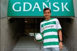 Egy Maulana Vikri resmi berstatus sebagai pemain profesional klub Liga Polandia, Lechia Gdansk, per 9 Juli 2018.(LECHIA GDANKS/GRZEGORZ RADTKE) via Kompas.com