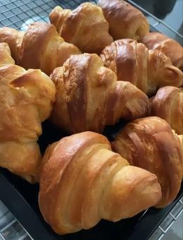 Croissant homemade buatan saya (Dokumentasi Pribadi Alexander F.)