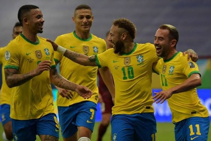 Timnas Brasil menang 1-0 atas Chile (kompas.com)