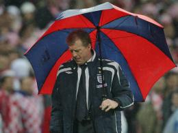 A wally with a brolly. (The Guardian/Tom Jenkins)