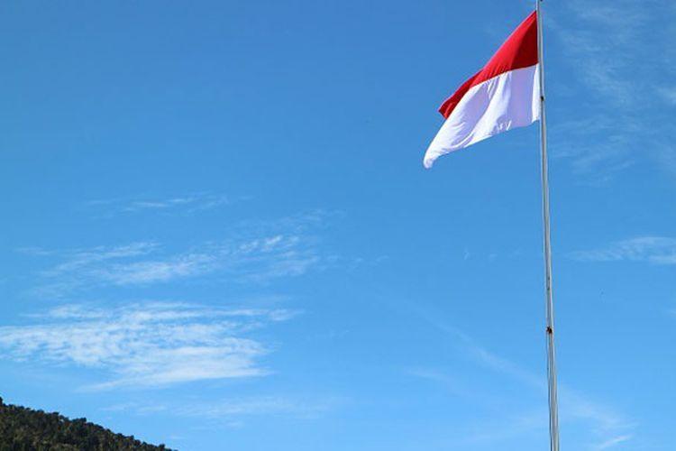 Berkibarlah benderaku! (Foto: KOMPAS.com/WAHYU ADITYO PRODJO)