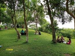 Salah Satu Sudut Taman Permana yang Asri | @kaekaha