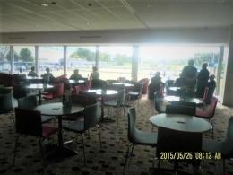 ruangan istirahat dan tempat makan siang di club tersebut(dok pribadi)