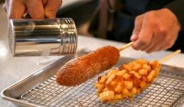 Ilustrasi gambar Corn Dog: makantoday.com