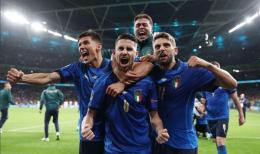 Italia berhasil melaju ke babak final Euro 2020 usai berhasil mengalahkan Spanyol lewat babak adu penalti. /Twitter/@Vivo_Azzurro dalam topskor.pikiran-rakyat.com