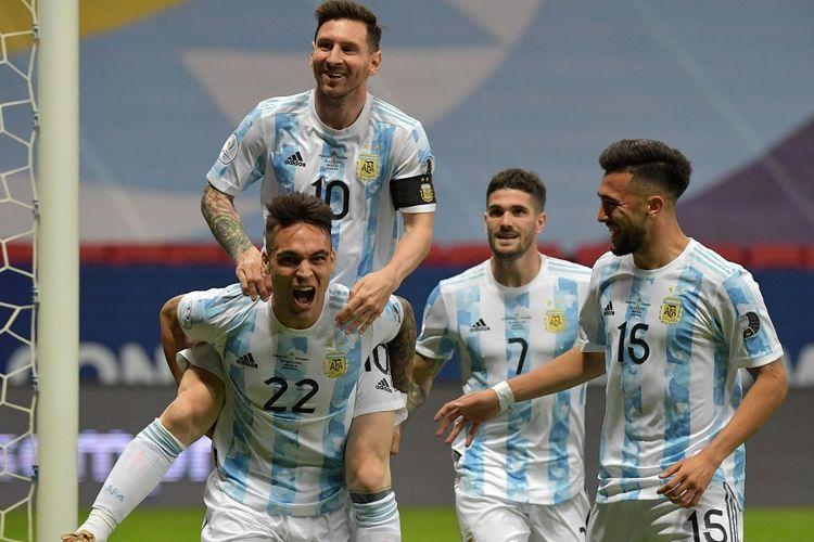 Selebrasi gol Lautaro Martinez ke gawang Kolombia, hasil assist Lionel Messi (kompas.com)