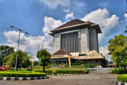 Gedung BI Semarang (sumber: seputarsemarang.com)