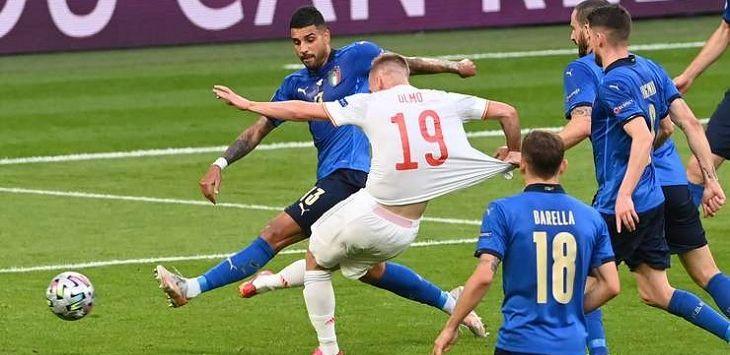 Italia vs Spanyol di Stadion Wembley, dalam laga semifinal Euro 2020, Rabu (7/7/2021) dini hari WIB. Sumber :pojoksatu.id