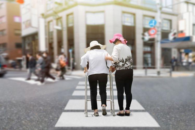 Kita perlu belajar menjadi sebab untuk kebahagiaan (kita dan) orang lain (sumber: Toa55 via kompas.com)