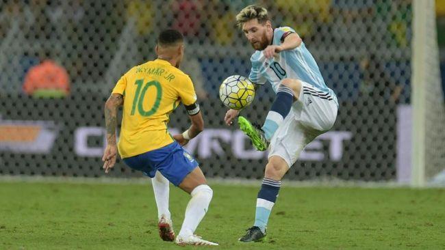 Lionel Messi dan Neymar akan saling berhadapan di final Copa America 2021 (Foto AFP/Douglas Magno)
