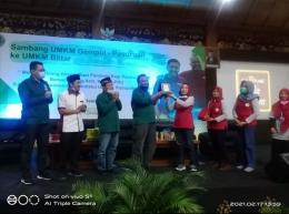 Kang Aziz dan Diah, ketua UMKM Gempol - Anis hidayatie.doc.pri