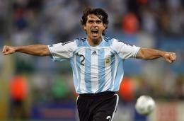 Roberto Ayala bek tangguh Argentina/cooaamerica.com