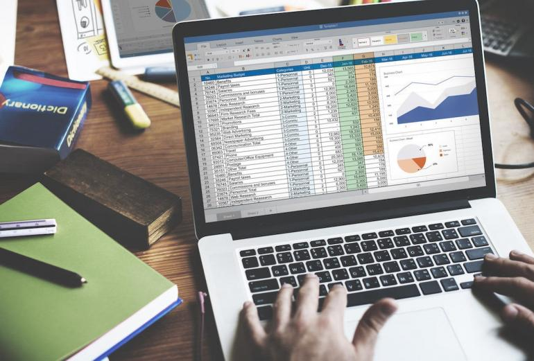 Microsoft Excel (Sumber: StackCommerce via nbcnews.com)