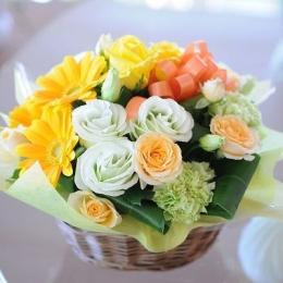 Hanataba (buket bunga)Sumber: flower-present.jp