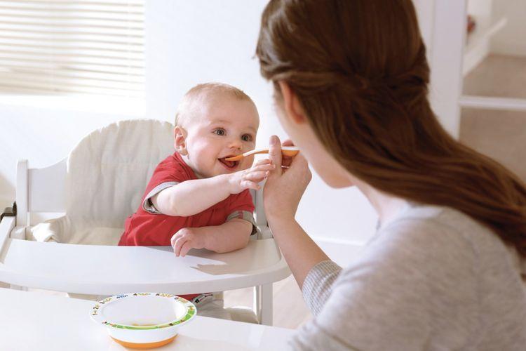 Jelang usia anak diberikan Makanan Pendamping Air Susu Ibu (MPASI), orangtua harus mempersiapkan banyak hal. Selain ilmu, orangtua juga butuh peralatan yang dapat memudahkan pengerjaannya.(Philips Avent)