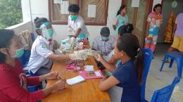 Foto : Potret kegiatan pengobatan luar gedung/puskesmas keliling (dokpri).