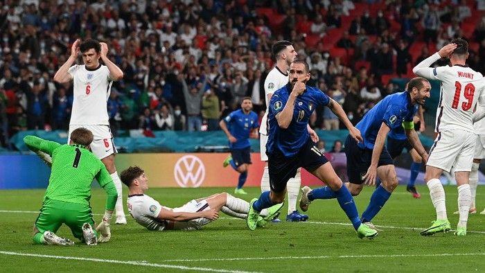 Bonucci merayakan gol ke gawang Inggris ((Foto: Getty Images/Paul Ellis - Pool)