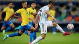 Renan Lodi tampil baik di Copa America 2021. Sumber: Reuters/Ricardo Moraes/via CNNIndonesia.com