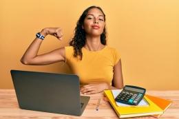 ilustrasi bos yang berprestasi. (sumber: Shutterstock via kompas.com)