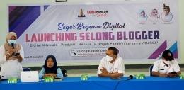 Bersama Pak Haji Edwin di launching Selong Blogger, 11 Juli lalu. Dokpri