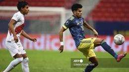 Kolombia patut bersyukur dengan penampilan cemerlang Diaz (kanan). Sumber: AFP/Evaristo Sa/via Tribunnews.com
