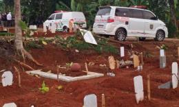 Suasana pemakaman protokol kesehatan. Foto dokumen pribadi