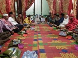 Makan bersama setelah akad nikah, Sumber Zulfani/dDokumentasi pribadi