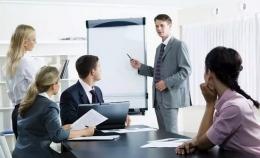Ilustrasi kegagalan membawakan materi seminar kepada klien. Ngetrik.com