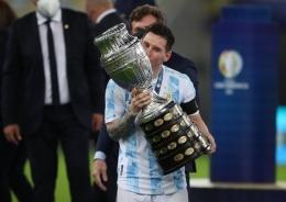 Messi yang pecah telur (sumber: bola.net))