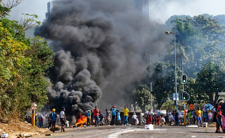 Kerusuhan di Zuma, Afrika Selatan (premiumstimesng.com).