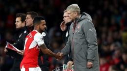 Walcott dan Wenger (Clive Rose/Getty Images)