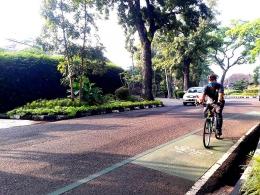 Bersepeda Mandiri. Sumber foto : Cuham