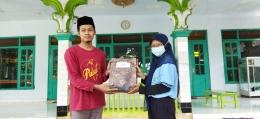 Donasi Al-Quran di sejumlah masjid Desa Tingal