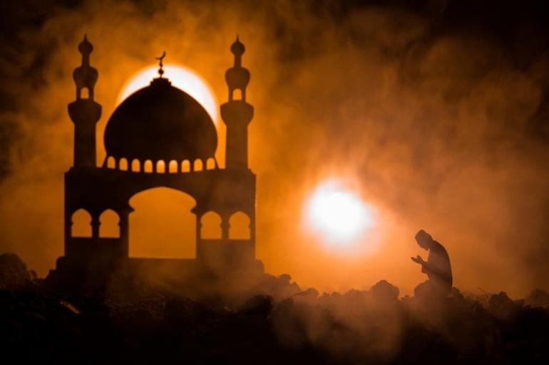 Lambang ketundukan dan kepercayaan kepada Allah inilah yang kemudian dilakukan ratusan juta Muslim setiap tahun pada bulan DzulHijjah (Shutterstock)