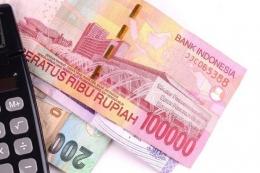 Ilustrasi keuangan fresh graduate saat awal karir   Sumber: Thinkstock via money.kompas.com