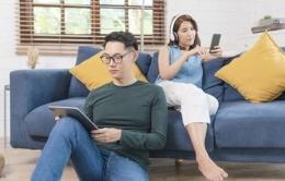 Orang dewasa yang menggunakan internet   ilustrasi via kompas.com