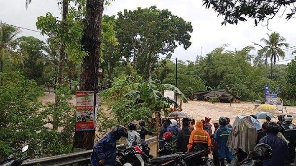 Sumber foto: dok Endro Teguh Kusumo/staf Markas PMI Kabupaten Cilacap via detiknews