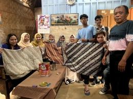 Kegiatan konsultasi dan wawancara secara offline batik B'Dhan Bersama KKN desa Sumberbening ( Rabu, 14/07/2021) / dokpri