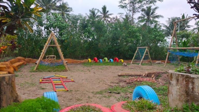 Wahana Edukasi di D'Embung Park untuk Melatih Motorik Anak (Foto oleh : KKN UM 2021 Desa Pandanmulyo)