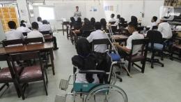 Seorang Disabilitas Yang Mengikuti Kegiatan Pembelajaran. Sumber Liputan6.com