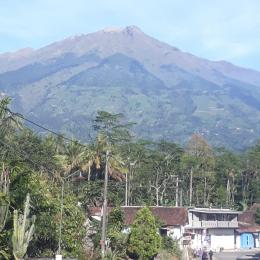 Gunung Merbabu-dokpri Nita Kris Noer
