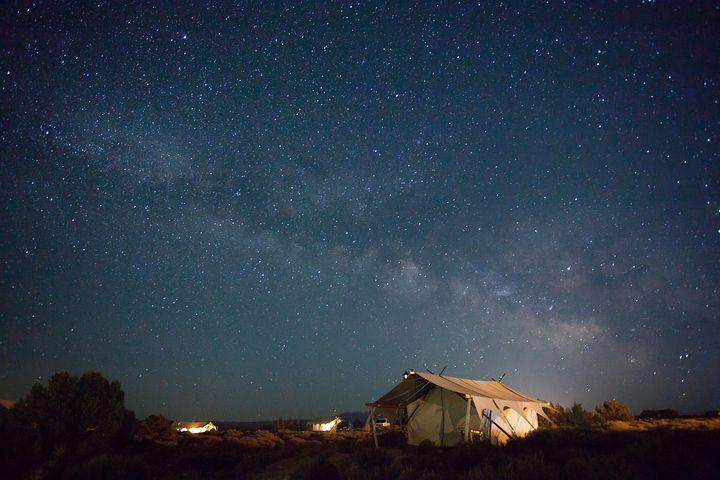 Ilustrasi malam via Pixbay