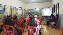 Dr. Surya Adi Syahputra, S.Pd,. M.Pd. AIFO Memberikan Materi Sosialisasi/Dok. TIM KKN UM