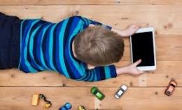 Ilustrasi anak berselancar di internet, Sumber gambar: d'Fun Station