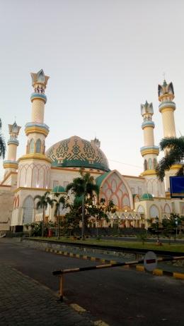 Masjid Hubbul Wathan Islamic Centre (Dokumentasi Pribadi)
