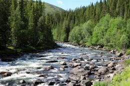 Ilustrasi sungai di desa. Sumber: Pxhere.com